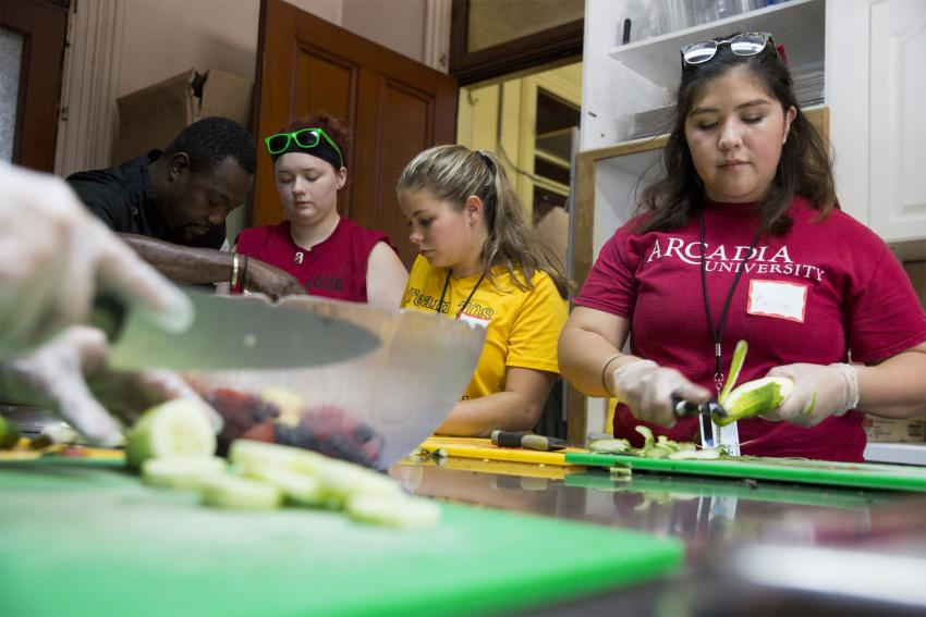 Alyson Nagel, Brenda Montecius, Mikayla Walls volunteer Face to Face Germantown